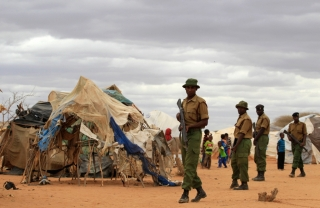Kenyan Police in Ifo camps